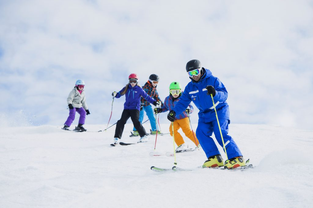 Ski School vs. Private Lessons